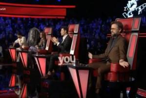 "The Voice: Το ""κονέ"" του Σάκη Ρουβά και η.. μπηχτή του Μαραβέγια! (Βίντεο)"