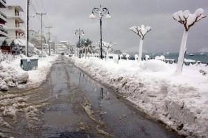 Ψύχος σ' όλη την χώρα! Σφοδρές χιονοπτώσεις και στα πεδινά! Ποιες περιοχές θα ντυθούν στα λευκά;
