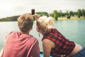 Ζώδια και σχέσεις: Αυτό είναι το ιδανικό ραντεβού με έναν άντρα Ιχθύ!