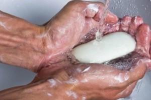 Οι 9 «αθώες» καθημερινές συνήθειες που αφαιρούν χρόνια ζωής