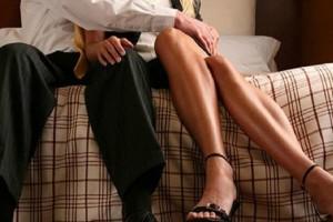 """Αληθινή εξομολόγηση: """"Ο άντρας μου είναι άπιστος αλλά μένω μαζί του για τα λεφτά!"""""""