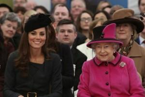 Απίστευτο: Γιατί η βασίλισσα Ελισάβετ δεν ήθελε ο Γουίλιαμ να παντρευτεί την Κέιτ