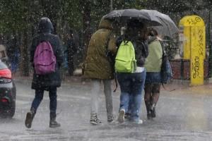 Χειμωνιάτικο σκηνικό προβλέπεται σήμερα, Δευτέρα! - Έρχονται βροχές και χιόνια!