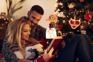 Ζώδια και Χριστούγεννα: Πώς θα περάσετε αξέχαστα με τον αγαπημένο σας τις γιορτές!