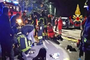 Σοκαριστικό βίντεο: Η στιγμή της τραγωδίας στο κλαμπ της Ανκόνα!