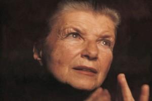 Σαν σήμερα στις 17 Δεκεμβρίου το 2004 πέθανε η Ζουζού Νικολούδη