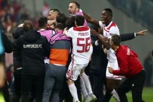 Θρίαμβος του Ολυμπιακού: Πέταξε εκτός την Μίλαν και συνεχίζει στο Europa League!