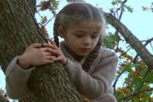 Elif: Η Φεραγιέ βλέπει τον Σερντάρ στο κτήμα!