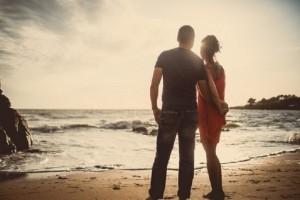 Έρωτας και σχέσεις: Αυτά που κάνεις και τον αγχώνουν!