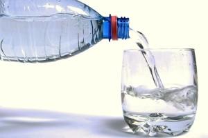 Προσοχή: Να γιατί πρέπει να πίνουμε περισσότερο νερό!