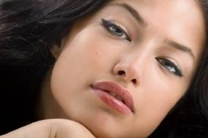Πώς θα αποκτήσεις σαρκώδη χείλη με τον πιο φυσικό τρόπο!