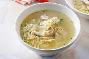 Κοτόσουπα με κριθαράκι και λαχανικά! (Video)