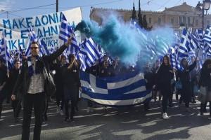 Η «καρδιά» της Ελλάδας χτυπάει στο Σύνταγμα! (Video)