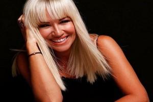 Πάρτι στον Ant1! - Η Μαρία Μπεκατώρου τρελαίνει το κανάλι!