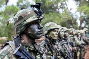 Σάμος: Ναζιστική προπαγάνδα και καψόνια καταγγέλλουν στρατιώτες!