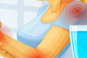 6 σημάδια – καμπανάκια που δείχνουν ότι δεν πίνετε όσο νερό πρέπει και καταστρέφετε την υγεία σας