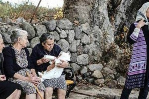 Θλίψη: Πέθανε η Μαρίτσα, μία από τις τρεις «γιαγιάδες της Λέσβου»