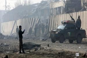 Τραγωδία στο Αφγανιστάν: Μακελειό με τουλάχιστον 100 νεκρούς!