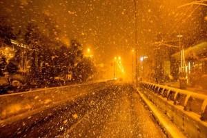 Χιονίζει ξανά στην Αττική: Στα λευκά τα βόρεια προάστια - Τσουχτερό κρύο!