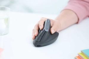 Αυτό είναι το ποντίκι που εγγυάται λιγότερες και πιο άνετες κινήσεις του χεριού!
