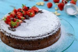 Κέικ σοκολάτας Caprese χωρίς αλεύρι με 5 υλικά