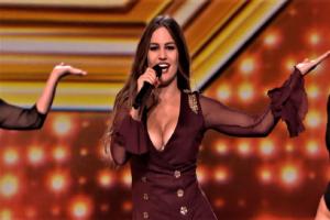 Μια 24χρονη Ελληνίδα έχει τρελάνει το βρετανικό X Factor! (video)