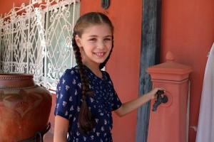 Elif: Η Μελαχάτ, ο Σενκάρ, ο Σαμί και ο Σαμέτ πηγαίνουν στο εστιατόριο να βρουν τη Φεριντέ!
