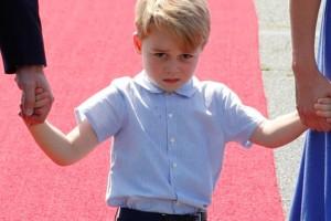 Οι παράλογοι κανόνες που πρέπει να ακολουθούν πάντα τα βασιλικά μωρά!
