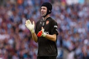 Κρεμάει τα γάντια του ο Πετρ Τσεχ!