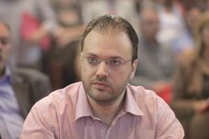 Ο Θανάσης Θεοχαρόπουλος περνά στην αντεπίθεση: Όταν διαγράφεις τον πρόεδρο του κόμματος, σημαίνει ότι διαγράφεις τη ΔΗΜΑΡ!