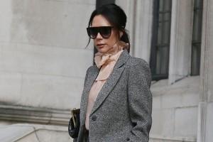 Κάντο όπως η Victoria Beckham! - Φόρεσε το τέλειο παντελόνι που θα σε κάνει να δείχνεις πανύψηλη!