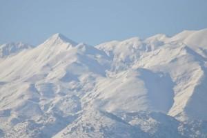 Λευκό τοπίο η Κρήτη: Το ένα μέτρο έφτασε το χιόνι στα Λευκά Όρη!