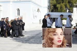 Σπαραγμός και οδύνη στην κηδεία της Νίκης Λειβαδάρη: Τραγικές φιγούρες οι γονείς της!