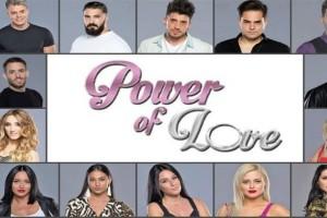 """Power of love: Την """"άδειασε"""" μπροστά σε όλους και έμεινε άφωνη!"""