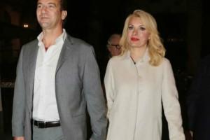 Ελένη Μενεγάκη - Μάκης Παντζόπουλος: Το δείπνο «ελπίδας» την ημέρα του Αγίου Βαλεντίνου!