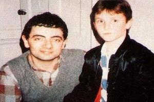 Ποιος είναι ο πιτσιρικάς δίπλα στον «Mr Bean»; Όταν μεγάλωσε έγινε μεγαλύτερος σταρ από τον κωμικό!