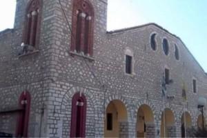 Σκάνδαλο σε εκκλησία στον Τύρναβο: Άφαντος ο ιερέας, λείπουν εικόνες και 140.000 ευρώ