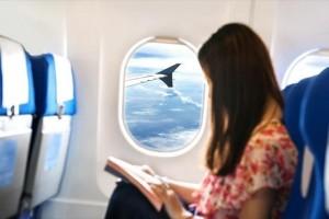 Εσείς το γνωρίζατε; - 4 πράγματα που δεν πρέπει να φοράτε ποτέ στο αεροπλάνο!