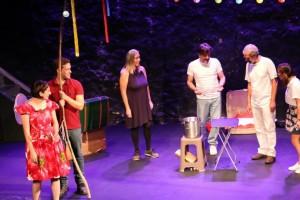 «Τα άπαντα του William Shakespeare»: Από την θεατρική ομάδα αστέγων!