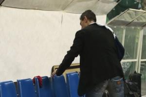 Παναθηναϊκός - Ολυμπιακός: Άφησε... στρινγκ στον πάγκο του Ολυμπιακού ο Δημήτρης Γιαννακόπουλος!