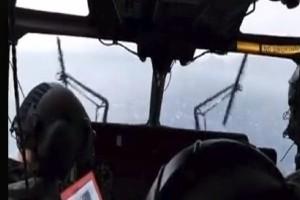 Βίντεο που κόβει την ανάσα: Ελικόπτερο του ΕΚΑΒ παλεύει με την κακοκαιρία!