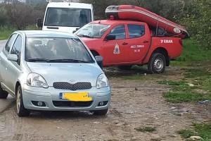 Θρίλερ με τους 4 αγνοούμενους στην Κρήτη:  «Το 1,5 μέτρο νερού, δεν μας επιτρέπει να κάνουμε έρευνες» λένε οι πυροσβέστες