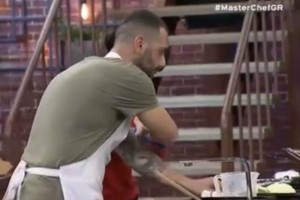"MasterChef: Το ατύχημα στην κουζίνα και τα...""γαλλικά"" του παίκτη!"