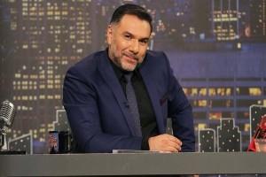 """Γρηγόρης Αρναούτογλου: Καλεσμένοι """"φωτιά"""" στο πλατό του «Τhe 2night show»"""