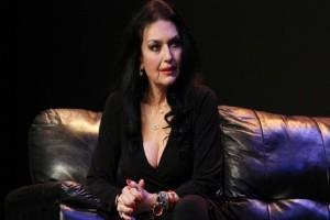 Ελένη Φιλίνη: Η ηθοποιός μίλησε ανοιχτά για τον λόγο που δεν παντρεύτηκε και δεν έκανε παιδιά!