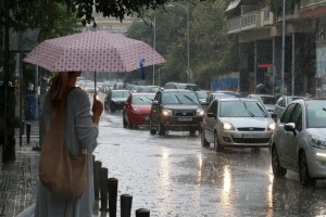 Νέα πτώση της θερμοκρασίας σήμερα, Πέμπτη! - Σε ποιες περιοχές θα βρέξει;