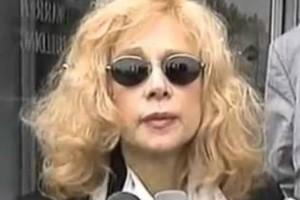 Αλίκη Βουγιουκλάκη: Εμφανώς καταβεβλημένη λίγο πριν τον θάνατο!