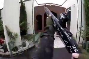 Νέα Ζηλανδία: Το βίντεο της φρίκης την στιγμή της επίθεσης από τον ίδιο τον δράστης! Δεκάδες νεκροί