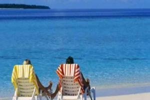 Έρευνα: Οι Βρετανοί θυσιάζουν μέχρι και το φαγητό τους προκειμένου να πάνε διακοπές!