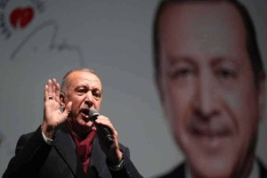 Αμετανόητος ο Ερντογάν: Έδειξε για δεύτερη φορά το βίντεο απο την επίθεση στη Νέα Ζηλανδία!